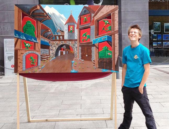 Chamboule-tout géant (ou jeu des gobelins) fabriqué et peint par la Maison des Jeux de Clermont-Ferrand sur la place de la Victoire pour la Fête du Jeu